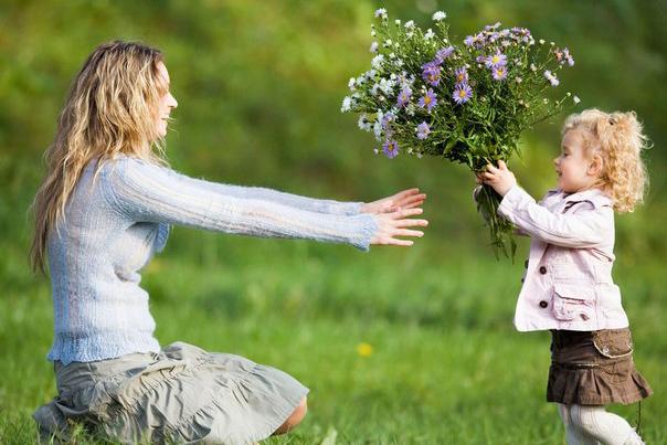 203 семьи Томской области награждены за родительскую доблесть