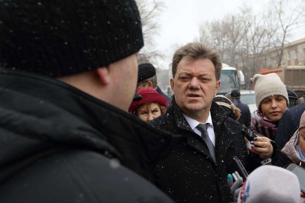 Мэр Томска Иван Кляйн провел выездное совещание по ремонту дорог