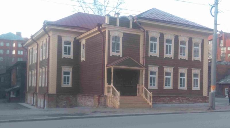 По проекту «Аренда за рубль» завершен капитальный ремонт исторического деревянного дома на пр. Фрунзе 32а