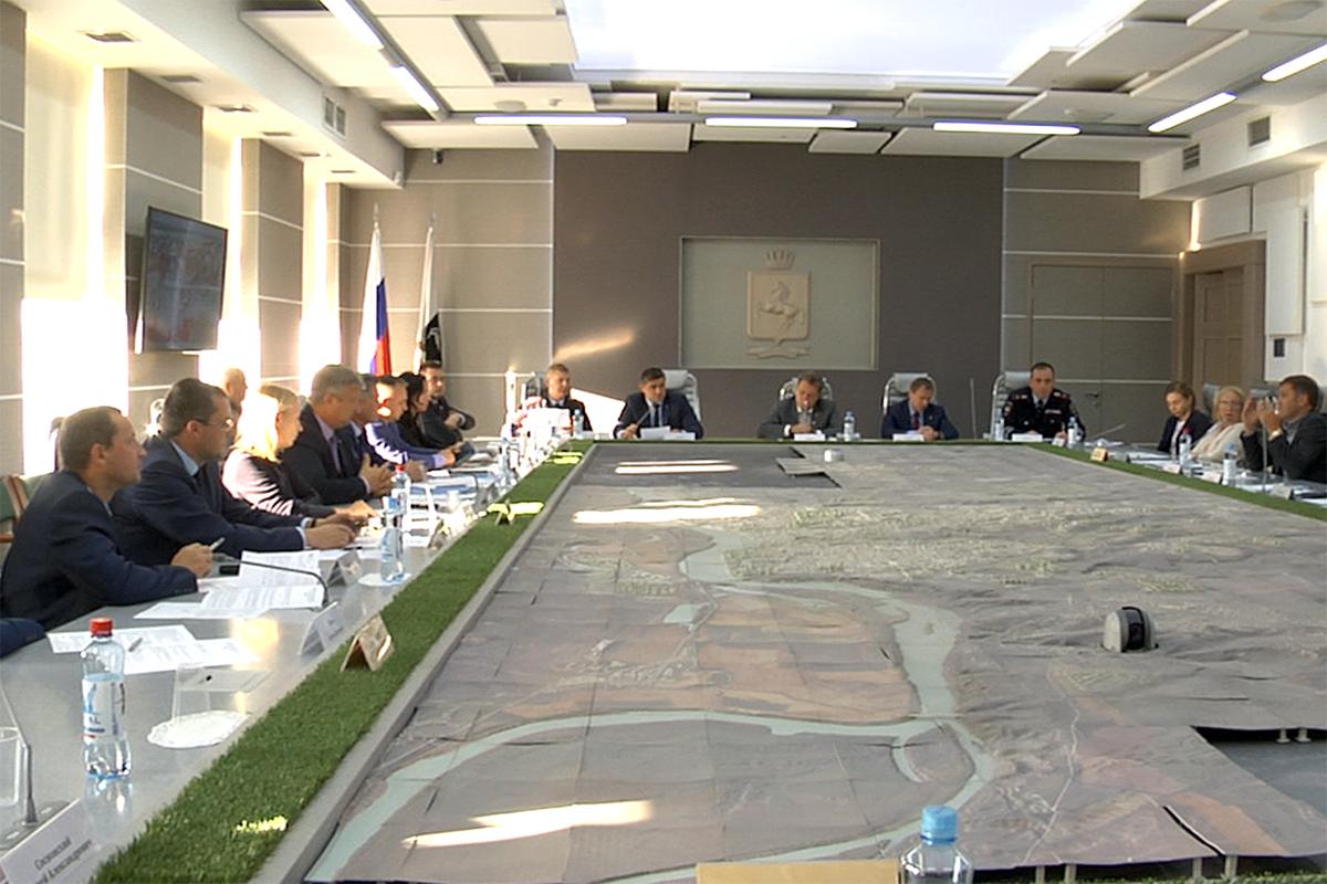 Решением городской комиссии движение мотоциклов по пр. Ленина частично запрещено