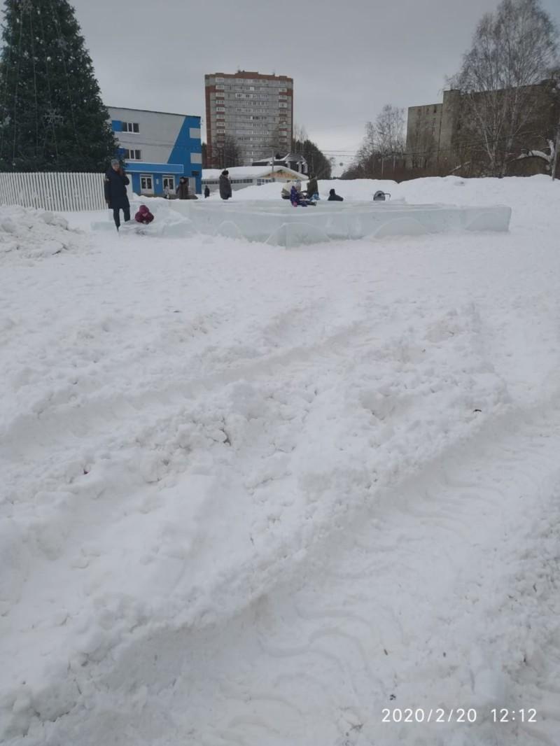 Для обеспечения безопасности горожан в Томске демонтируют ледовые городки